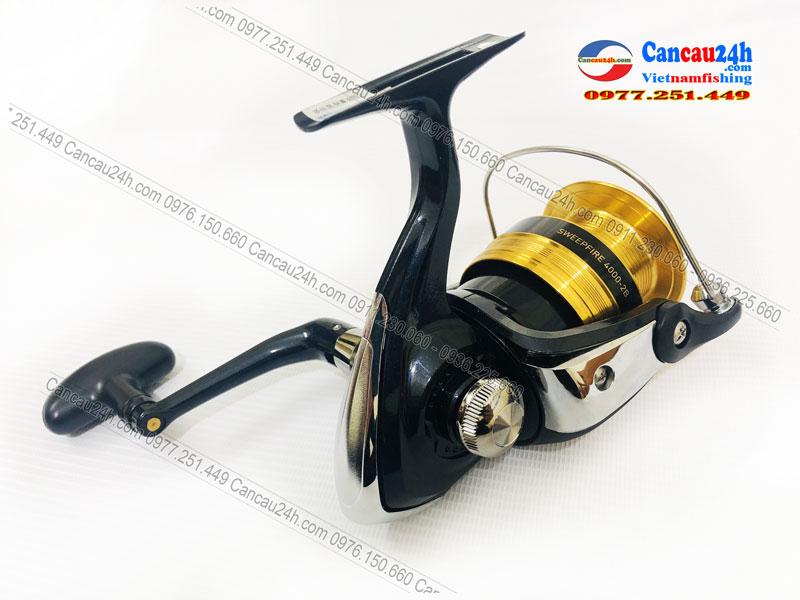 máy câu cá Daiwa Sweepfire 4000-2B