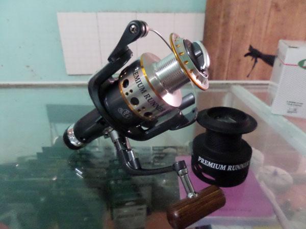 Máy câu cá Mitchell 5000
