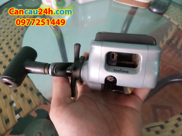 may-cau-nhat-bai-daiwa-s200-may-cau-bai-nhat-re-cancau24hcom
